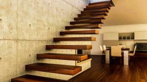 лестница для коттеджа цена