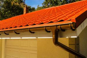 водостоки для крыши установка