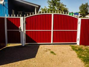ворота из профнастила установка