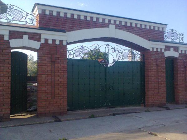 Ворота кованые 011