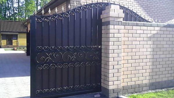 Ворота кованые 005