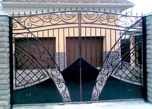 Ворота кованые 008